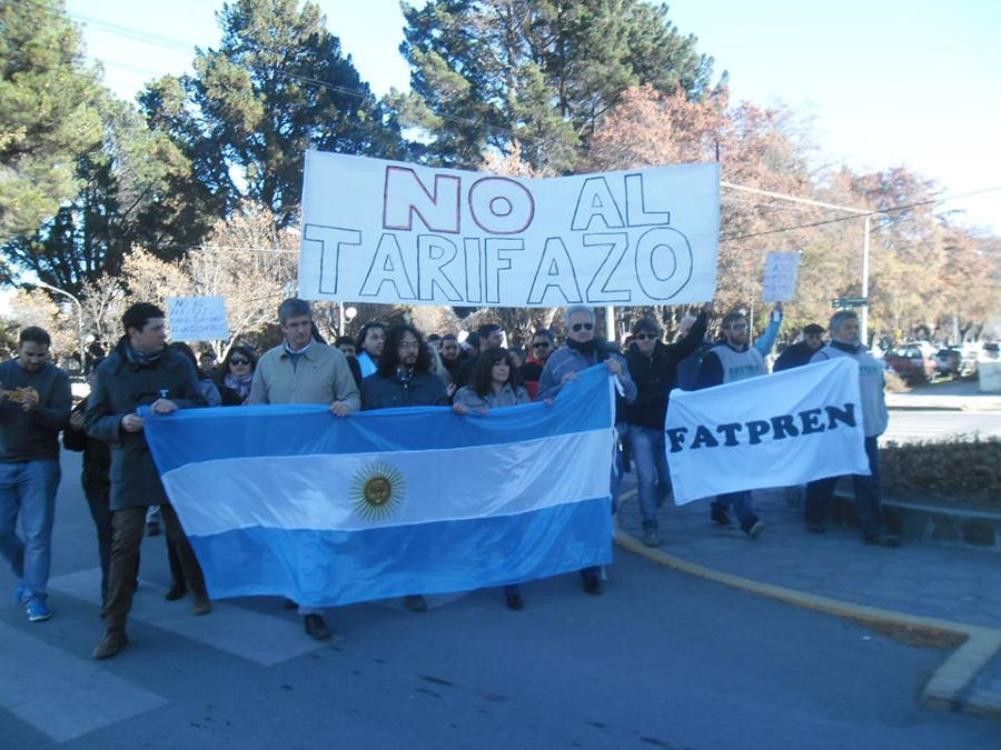Esquel: El Sindicato de Prensa participó de la movilización contra el Tarifazo de Gas
