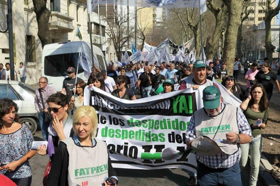 La Plata: La FATPREN apoya la lucha de las y los trabajadores despedidos del Diario Hoy