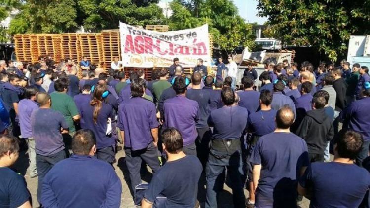 Foto Trabajadores Clarin