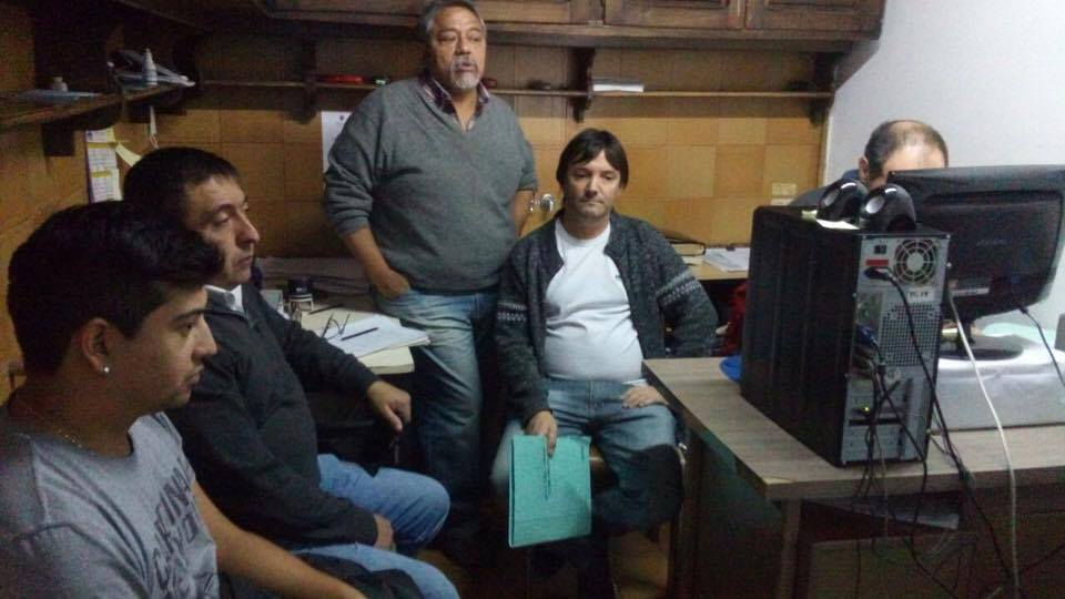 ESQUEL-audiencia por conflicto en radio municipal
