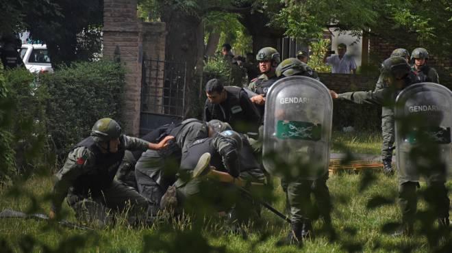 represion detencion uni rio negro